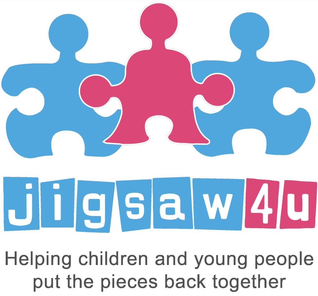 Jigsaw 4 u logo