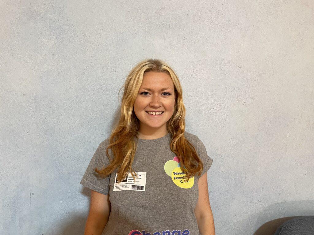 Becca T-shirt woodmor portrait